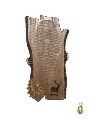 Hjorteplade til dåhjort i skandinavisk stil med lasergraveret motiv